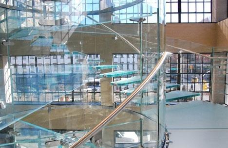 15 эффектных лестниц и конструкций лестниц