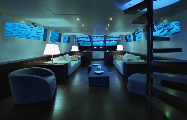 Lover's Deep Luxury Submarine, St. Lucia