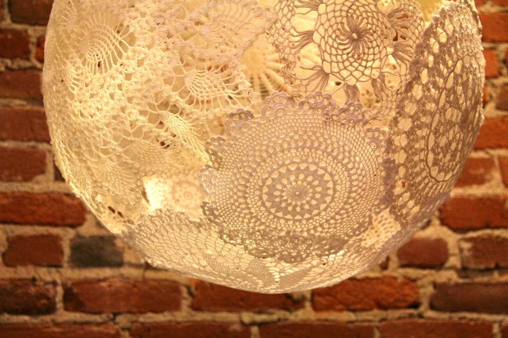 лампа из салфеток