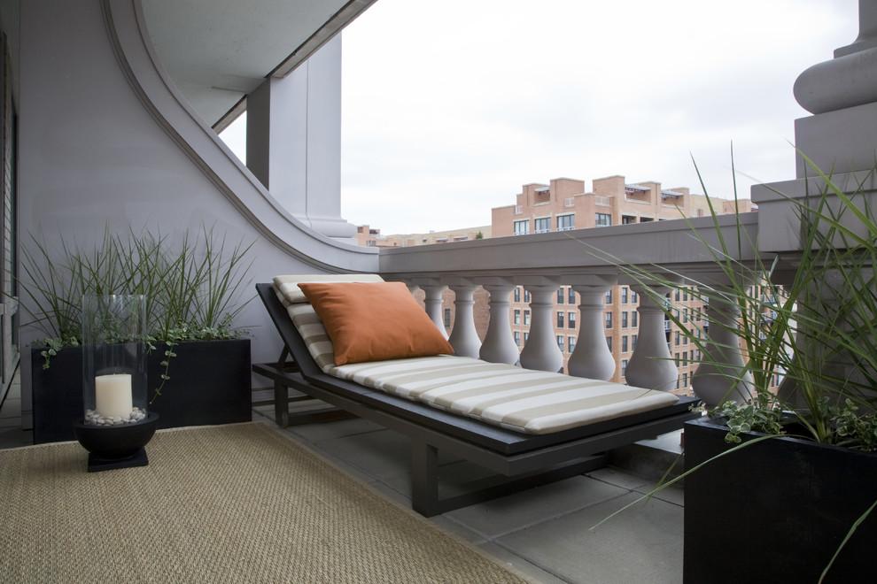 Балкон, терраса, лоджия в светлых тонах