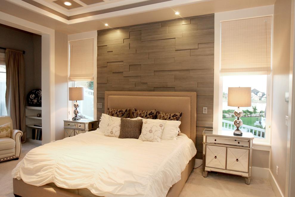 Современная спальня в светло бежевых тонах